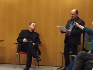 Fragenstellung aus der Runde an Bischof Georg