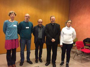 Bischof Georg mit dem Vorstand der AG Küster im Bistum Limburg